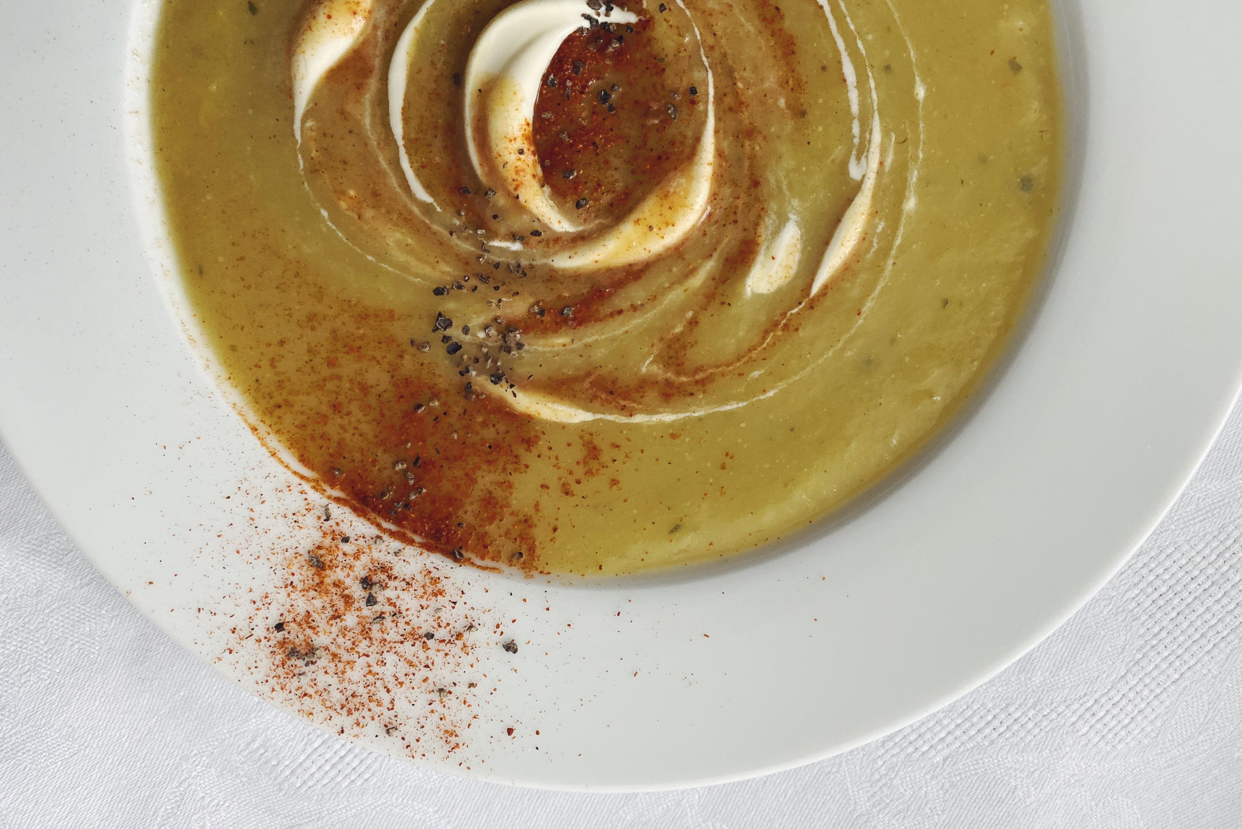 Kartoffel-Lauch-Suppe: herzhaft und sämig