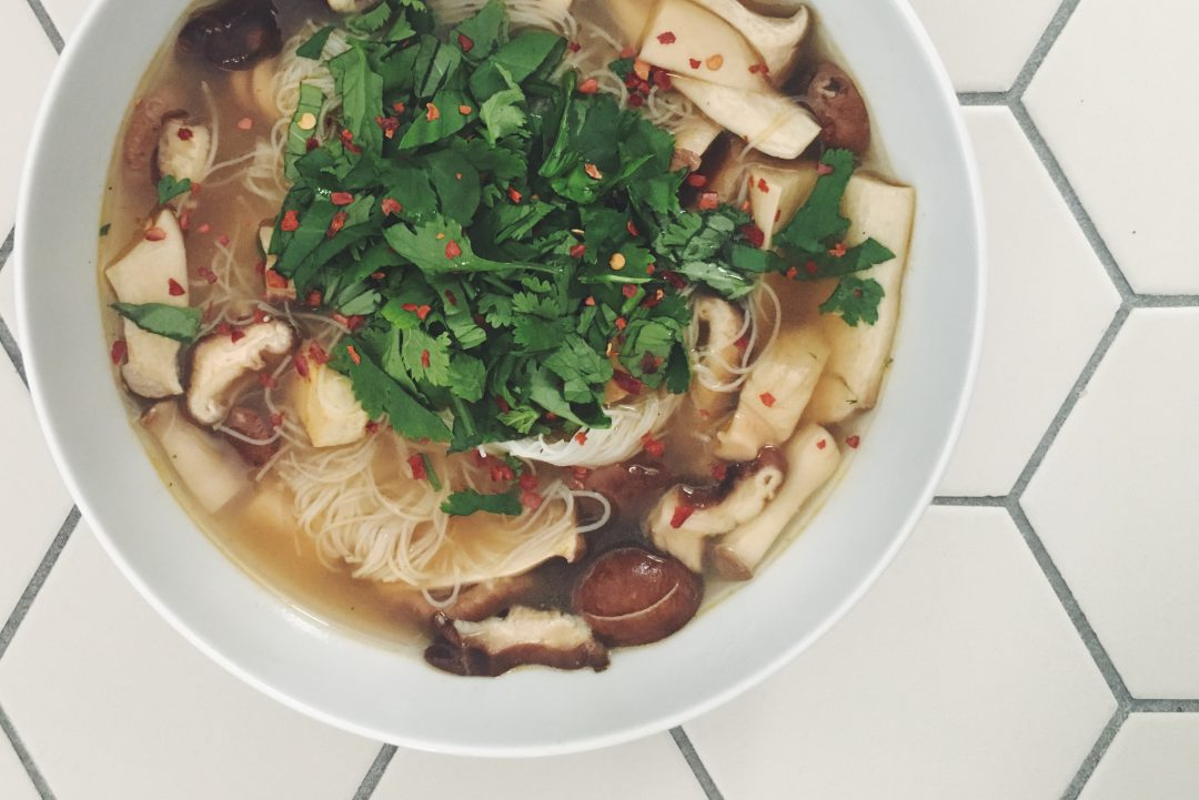 Vegane Pho: die wandelbare vietnamesiche Suppe