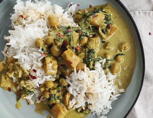 Aloo Palak: Der Indische Eintopf mit Kartoffeln und Spinat