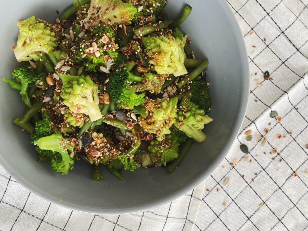 Der Supergrüne Salat mit Za'atar-Dressing